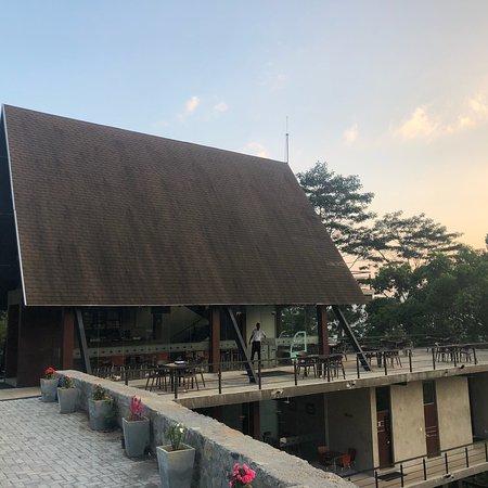 Rothschild Tea Centre