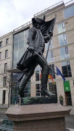 Graf von Schwerin statue