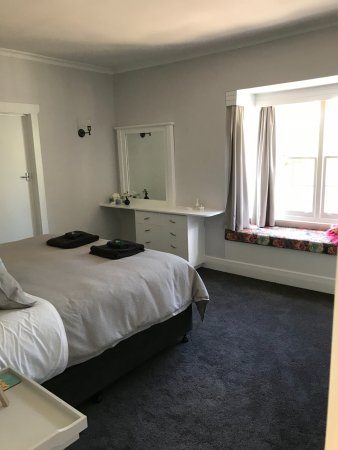 New Norfolk, Australia: Sassafras Apartment bedroom