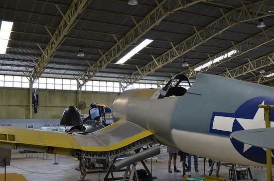 Salisbury, Australien: Corsair Restoration (1)