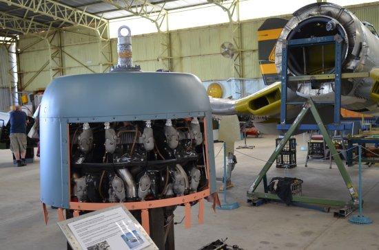 Salisbury, Australien: Corsair Restoration (3)