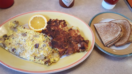 Vernon Rockville, CT: Black Forest Omelette