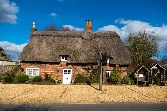 Thatched cottage hotel updated 2019 prices b b reviews - Hotels in brockenhurst with swimming pools ...
