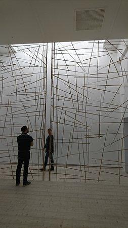 Lund, Suecia: Temporary exhibition by Andy Goldworthy
