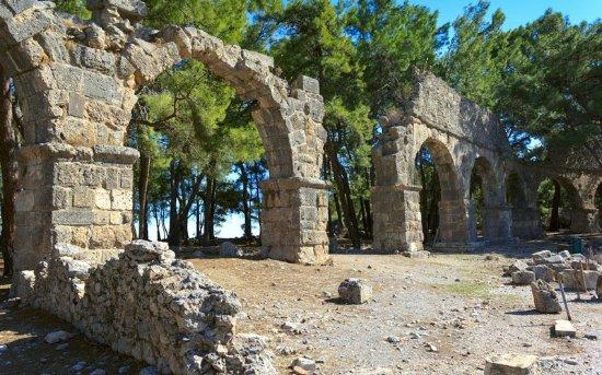 Phaselis Antique City: Phaselis-Antik-Kenti_large.jpg