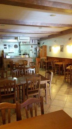 Vallata, Italia: Sala pizzeria