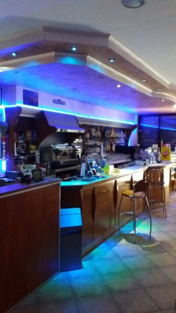 Vallata, Italia: Angolo bar