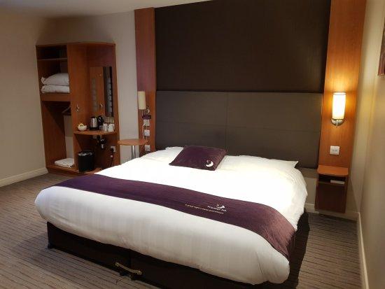 Premier Inn Bangor Hotel: plenty of room