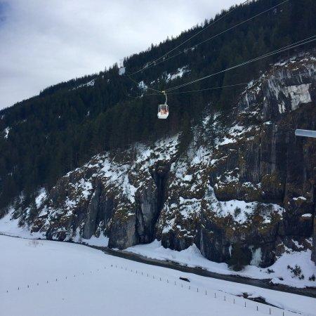 Seilbahn Urnerboden- Fisetengrat