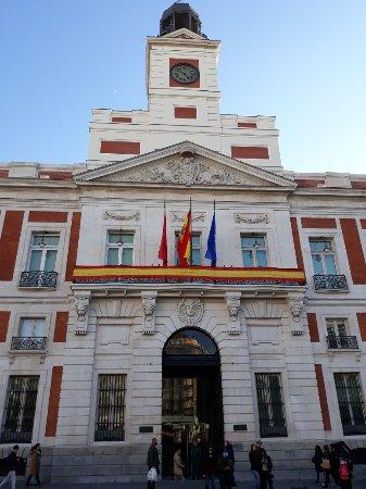 Puerta del sol madrid spain updated 2018 top tips for Puerta del sol santiago