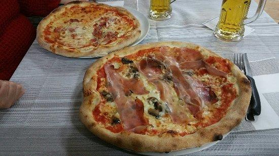 Magnago, Italia: 20171129_200310_large.jpg