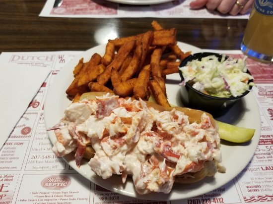 Dockside Family Restaurant: Great lobster roll