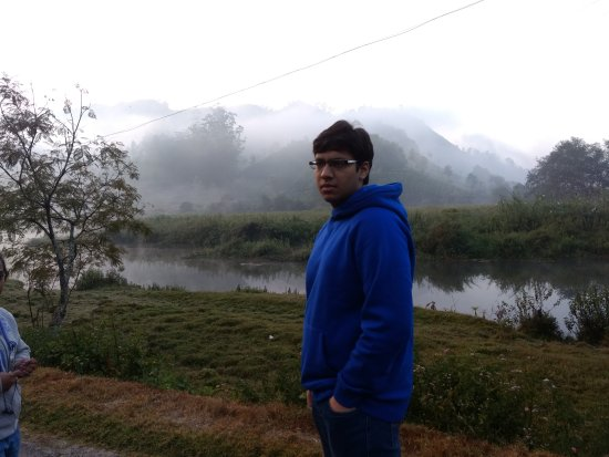Grand Plaza Munnar: Morning walk in the hills with Balaji