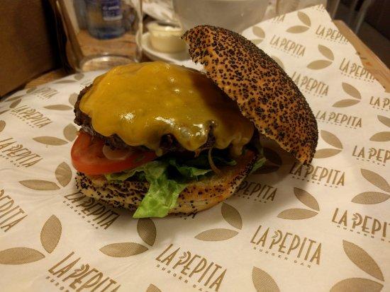 La pepita burger bar pontevedra rua cobian roffignac 2 for La pepita burger salamanca