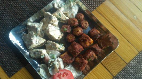 Kake Da Hotel Restaurant Photo