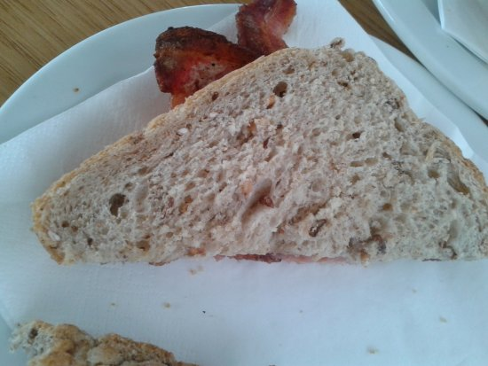 Lye Cross Farm Bus Cafe: bacon sandwich on granary.
