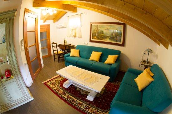 Trivignano Udinese, Italie : suite soggiorno residence