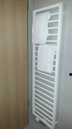 Badezimmer, Schalter für den Bedarf des Roomservice, kl.Glaserker ...