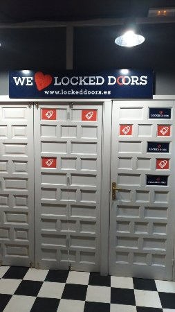 ‪Locked Doors‬