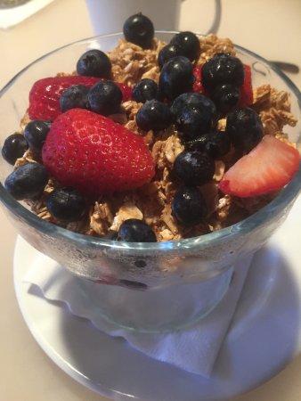 Fruit + Yoghurt