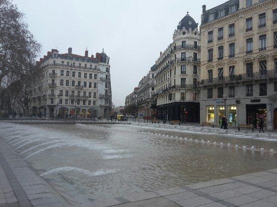 Rue de la République : 20180120_094121_large.jpg