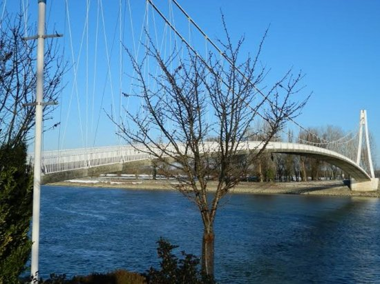 Osijek, Croacia: Footbridge / Pješački most