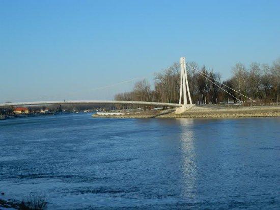 Osijek, Croatia: Footbridge / Pješački most
