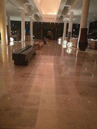 Mövenpick Hotel Gammarth Tunis : IMG_20180125_205358_large.jpg