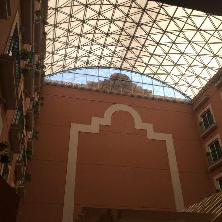 Holiday Inn Express Galerias San Jeronimo: photo0.jpg