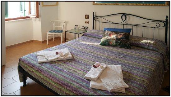 La Scogliera: Bedroom, Cargavu.