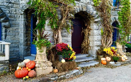 Fall Decor At The Front Door Picture Of Beardslee Castle Little
