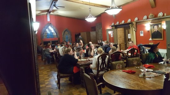 New Plymouth, OH: Dinner in the Great Hall
