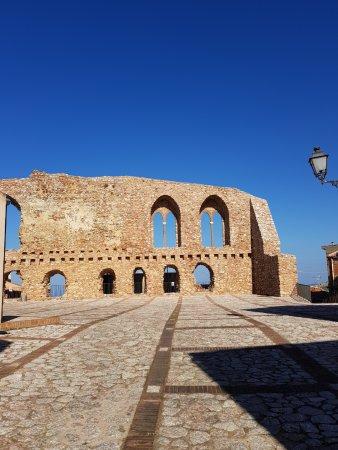 San Marco D'Alunzio, Olaszország: Castello