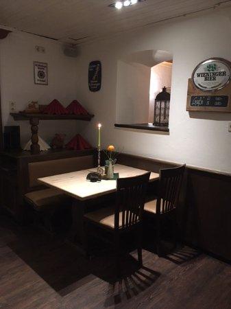 Goberg anger restaurant bewertungen telefonnummer for Ecktisch klein