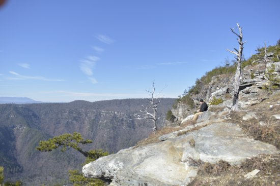 Linville Falls, NC: Beautiful chilly day at Linville Gorge in North Carolina.