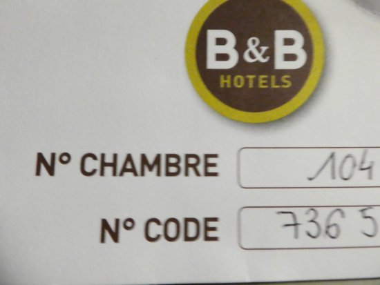 b b hotel chartres oceane chartres frankrijk foto 39 s reviews en prijsvergelijking tripadvisor. Black Bedroom Furniture Sets. Home Design Ideas