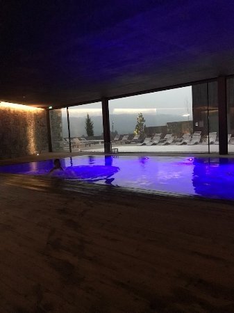Monverde wine experience hotel from 87 9 0 for Piscina coberta