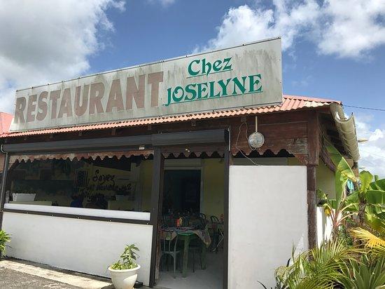 Chez joselyne port louis restaurantbeoordelingen - Restaurant la grande plage port louis ...
