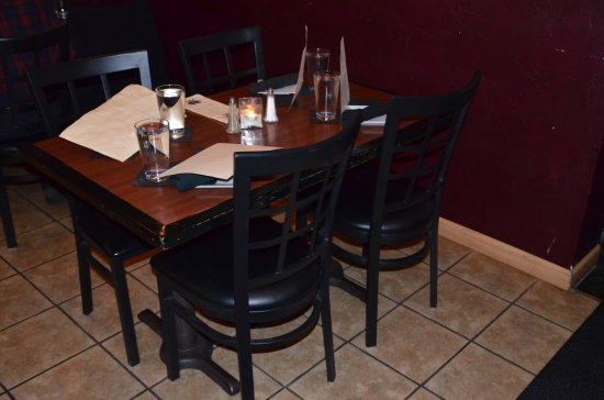 talbe and chairs picture of 411 eatery and lounge mcminnville