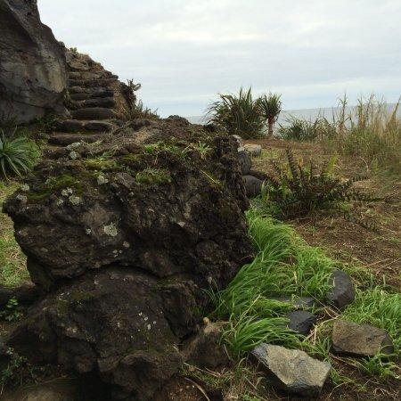 Ribeira das Tainhas, Portugal: Praia do calhau da banheira, seus acessos,,, tudo o que a mãe natureza solicita ....