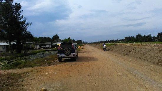 Lampung, Indonesia: Ayo segera diagendakan liburan yang mendidik dan melestarikan hewan yang ada di taman nasional w