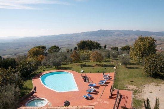 Villa Rioddi: View from room, pool area