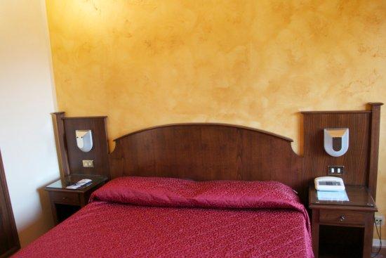 Villa Rioddi: nice large bed