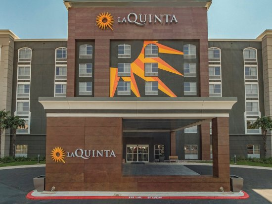 La Quinta Inn & Suites  San Antonio Downtown: Exterior