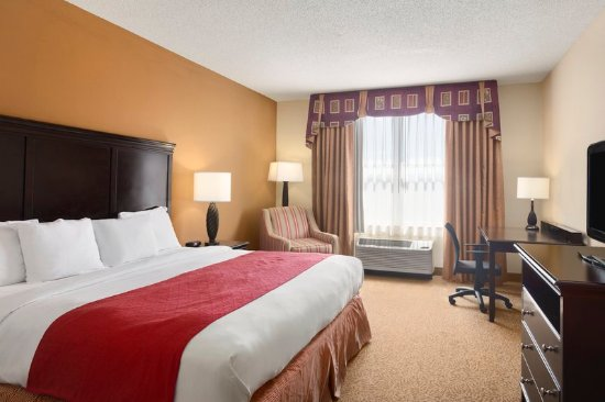 Country Inn & Suites by Radisson, Cool Springs, TN: Guest room