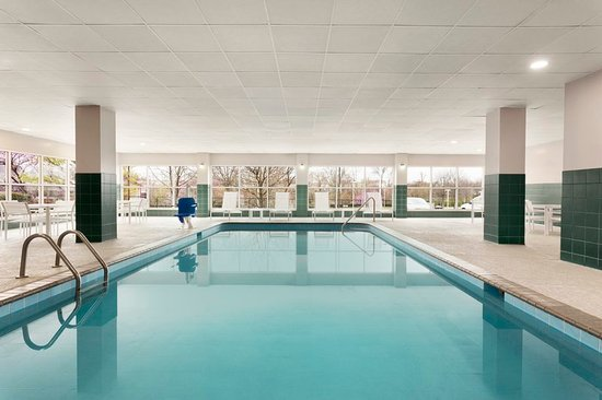 Country Inn & Suites by Radisson, Cool Springs, TN: Pool