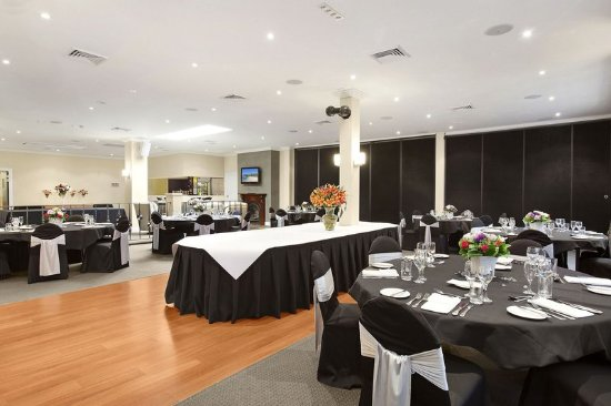 Checkers  Resort & Conference Centre : Restaurant