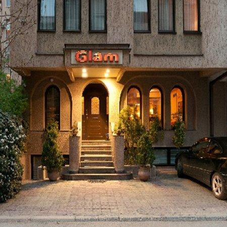 Hotel Glam: Exterior