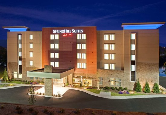 SpringHill Suites Chattanooga Downtown/Cameron Harbor: Exterior
