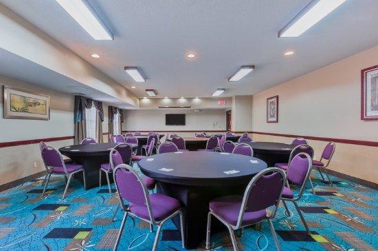Country Inn & Suites by Radisson, Cedar Rapids North, IA: Meeting room